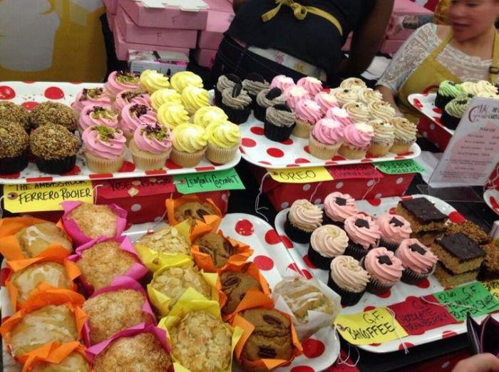 Mmm cakes