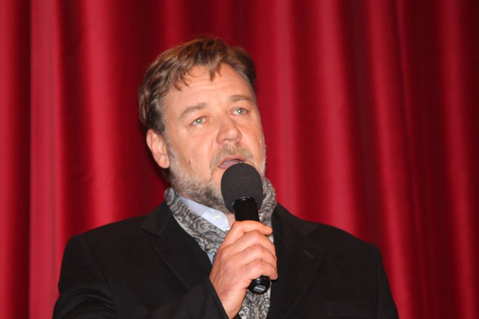 Russell Crowe who plays Noah