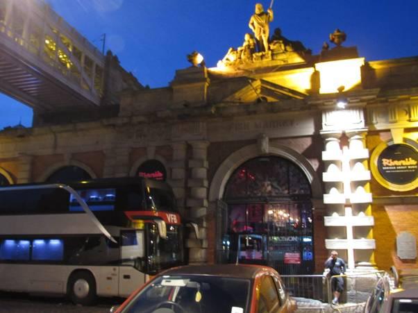 venue-and-tour-bus